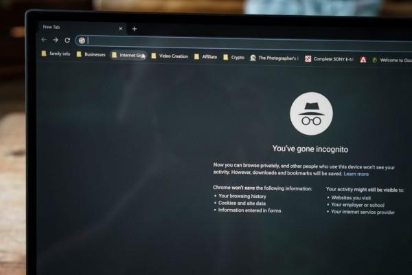 Cách kích hoạt chế độ nền tối của Google Chrome trên Windows 10