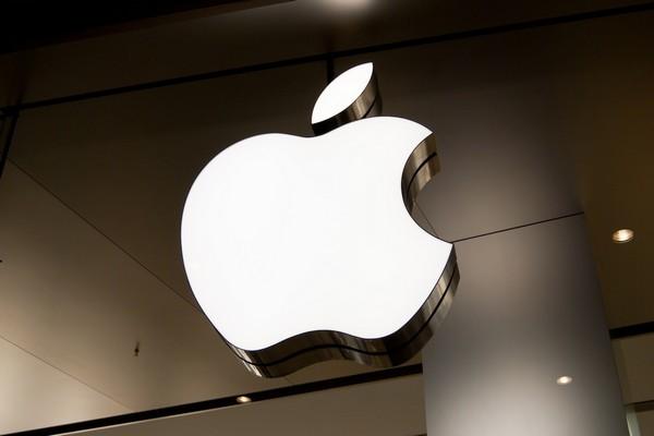 """Ngân hàng Goldman Sachs dự báo Apple có thể sẽ là """"Nokia thứ hai"""""""