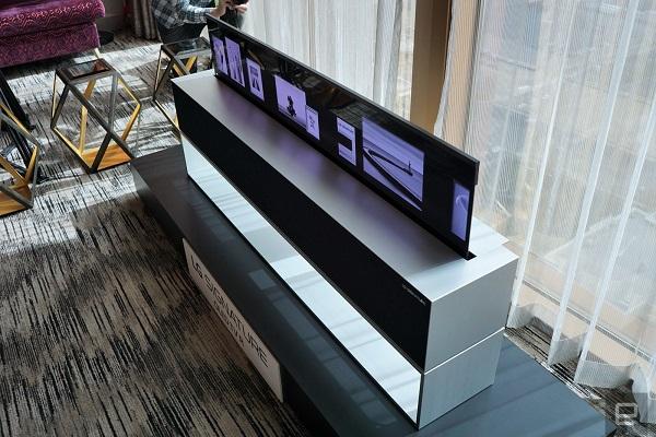 [CES 2019] LG công bố TV OLED có thể cuộn lại, sẽ bán trong năm nay
