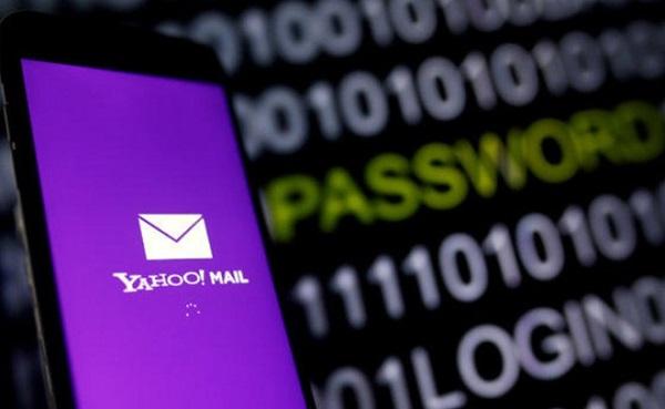 Rộ tin Facebook xóa tài khoản cá nhân dùng mail Yahoo