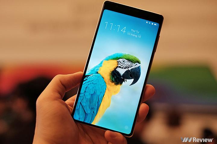 Bphone 3 được bình chọn là smartphone tầm trung được yêu thích nhất