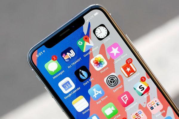 """Tai thỏ vẫn sẽ """"đeo bám"""" người dùng iPhone đến hết năm 2019?"""