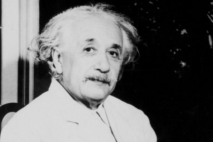 Các nhà khoa học Ấn Độ bác bỏ các thuyết của... Einstein