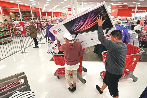 Nhà sản xuất TV có tiếng tại Mỹ lý giải tại sao nhiều mẫu Smart TV lại rẻ đến vậy