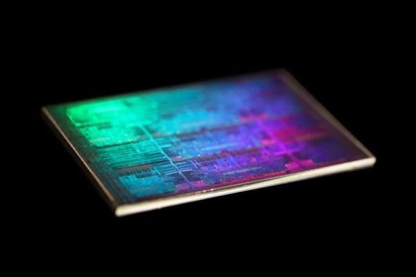 Intel phát triển chip 5GHz mới hiệu năng cực khủng, phải đấu giá mới mua được
