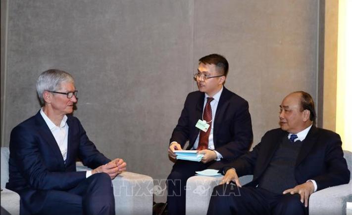 Thủ tướng tiếp Tim Cook và CEO các tập đoàn hàng đầu thế giới bên lề Davos