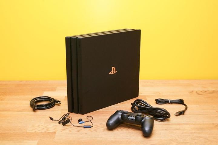 Thanh niên xộ khám vì chơi chiêu để mua PlayStation với giá 11USD