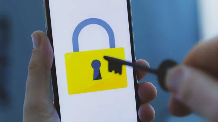 Công cụ hack 'Karma' của UAE đã theo dõi iPhone chỉ bằng cách gửi tin nhắn văn bản