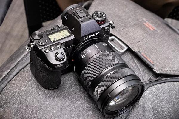 Panasonic chính thức ra mắt bộ đôi máy ảnh mirrorless full-frame Lumix S1 và S1R