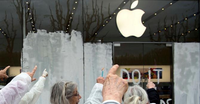 Vì sao Apple cần ít nhất 10 năm nếu muốn chuyển sản xuất iPhone khỏi Trung Quốc?