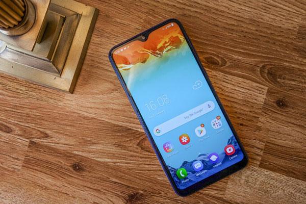 Samsung sẽ trang bị màn hình AMOLED cho dòng Galaxy A giá rẻ?