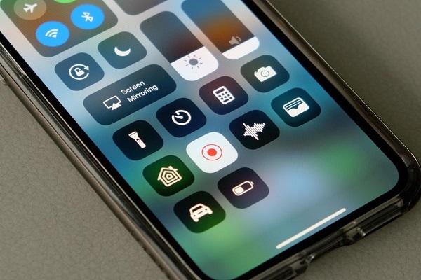 Apple ra tay xử lý các ứng dụng du lịch và đặt phòng nổi tiếng bí mật ghi màn hình iPhone