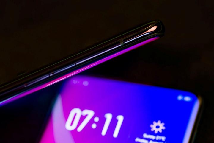 Những thiết kế điện thoại mới sẽ khuấy đảo MWC 2019