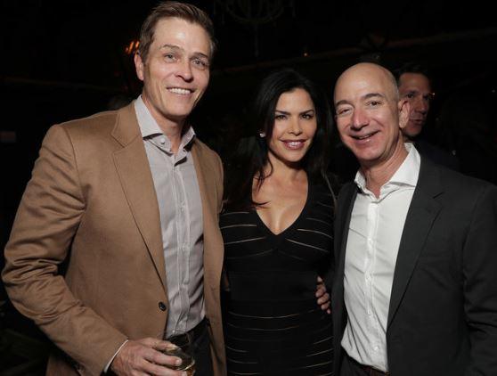 Người tình của CEO Amazon đã khoe ảnh và tin nhắn cho bạn bè xem?