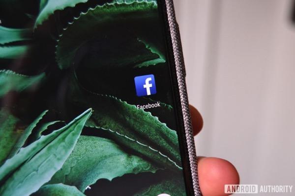 Phát hiện 11 ứng dụng âm thầm gửi dữ liệu người dùng cho Facebook