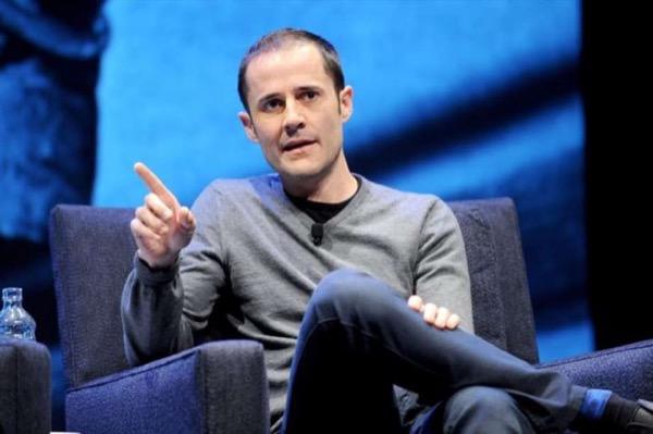 Đồng sáng lập Twitter từ chức sau 12 năm gắn bó