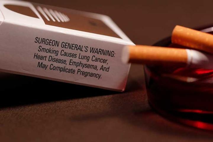 âm mưu thuốc lá