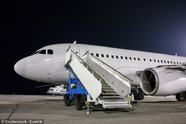 Những bí mật giấu kín bên trong máy bay không phải ai cũng biết