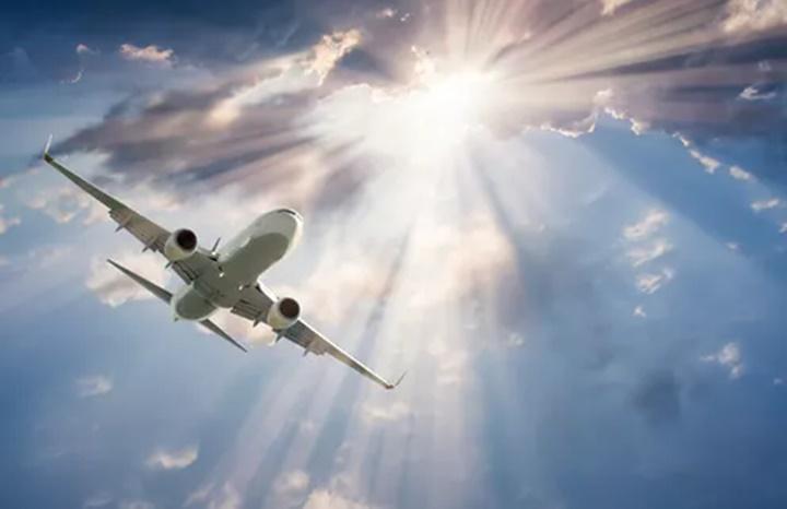 Đi máy bay có gặp rủi ro bức xạ vũ trụ hay không? - Ảnh 2.