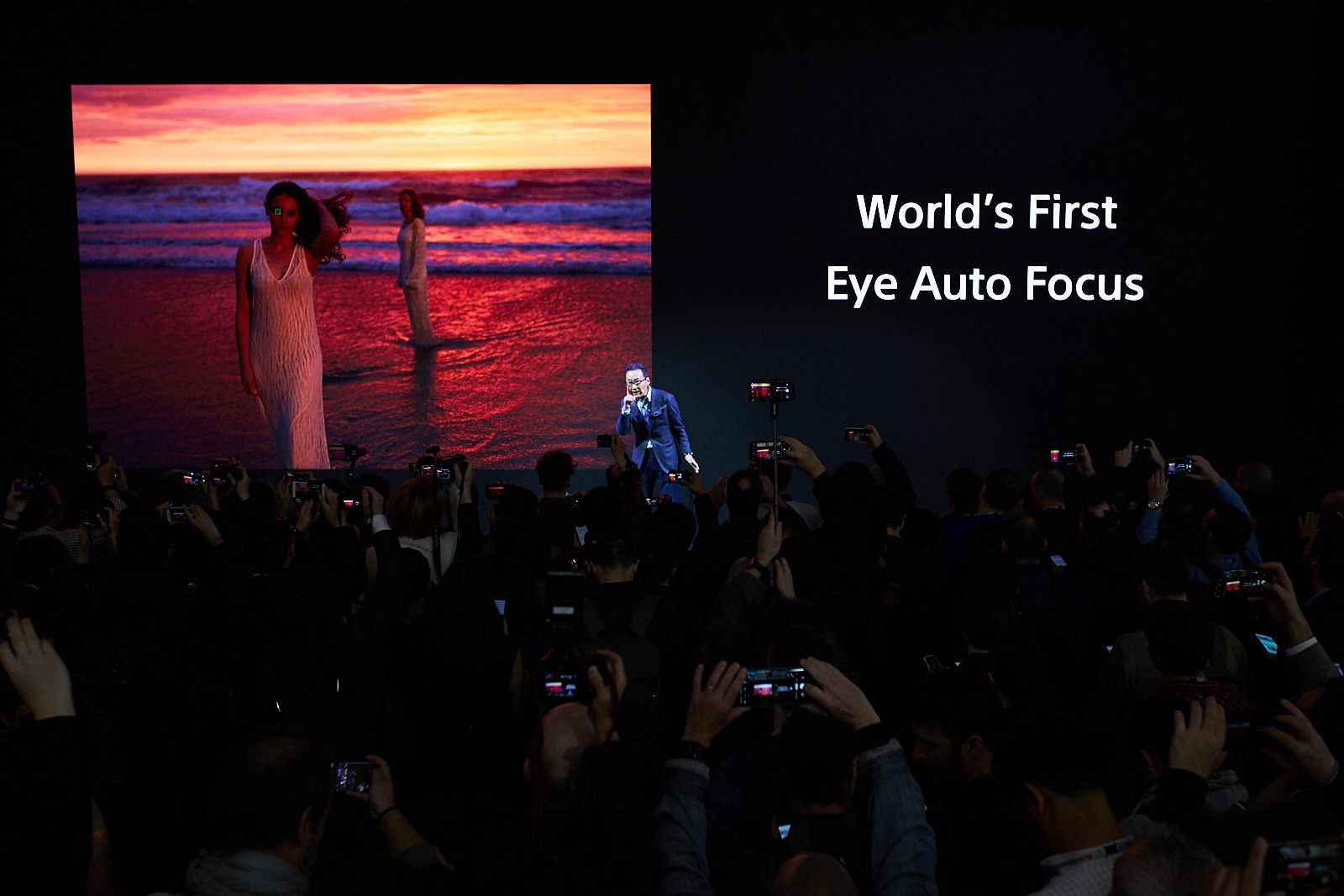 Sếp Sony lí giải tại sao camera trên Xperia không theo kịp đối thủ, dù họ có thừa nền tảng
