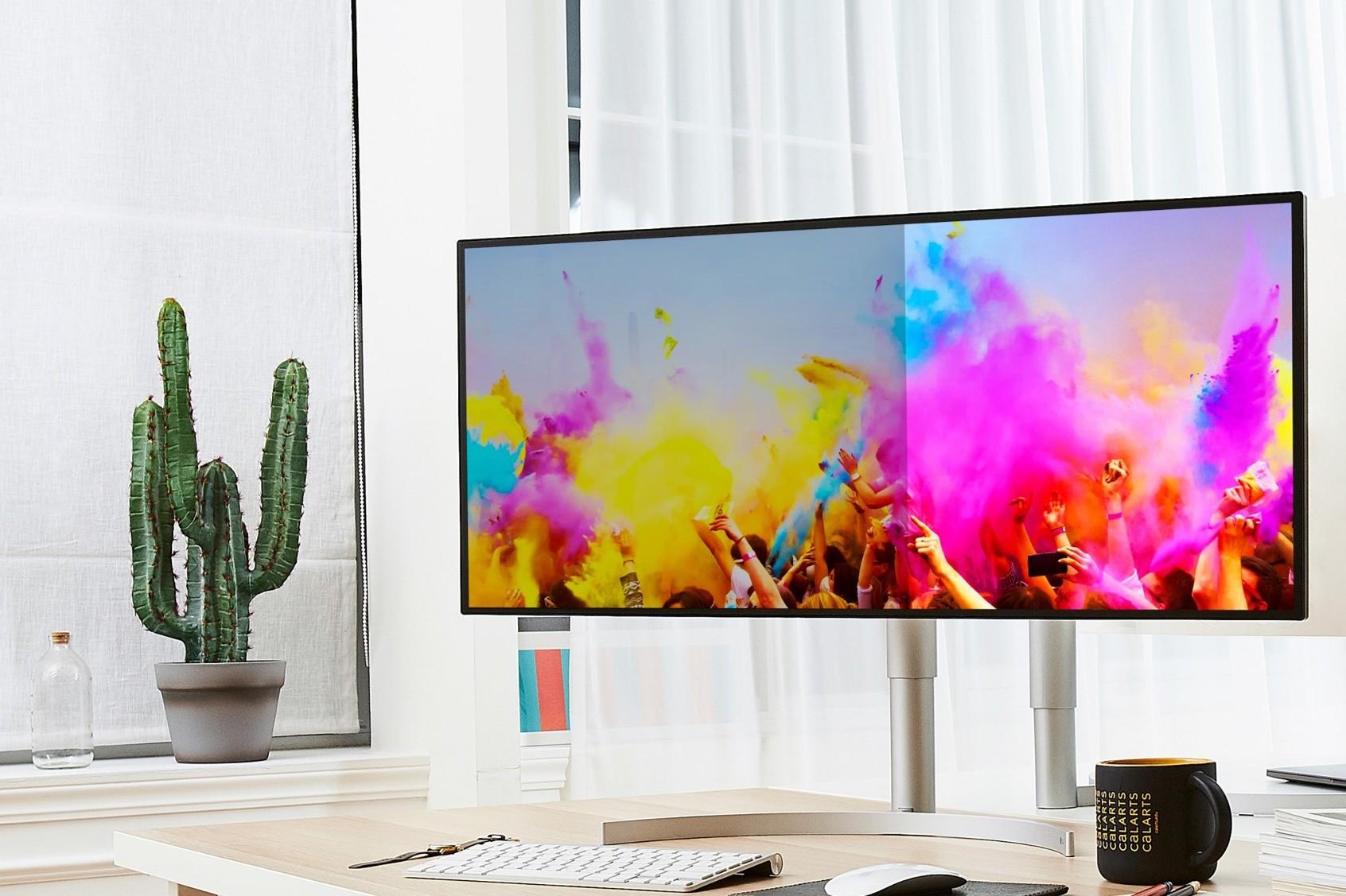 LG ra mắt loạt màn hình chuyên nghiệp UltraWide, UltraGear, GraphicDesign thế hệ 2019 tại Việt Nam