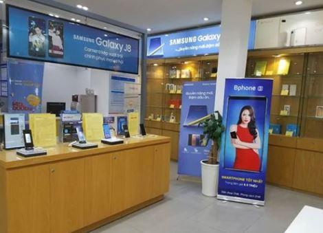 """Bphone 3 được phân phối qua nhà mạng, """"trợ giá kiểu Mỹ"""" lần đầu tiên ở Việt Nam"""