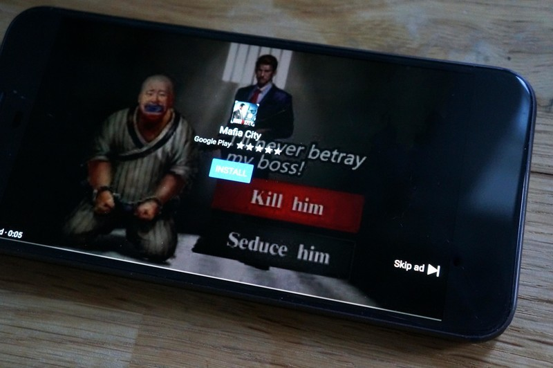 Quảng cáo video lừa đảo khiến nhiều điện thoại Android bị cạn kiệt pin và dữ liệu
