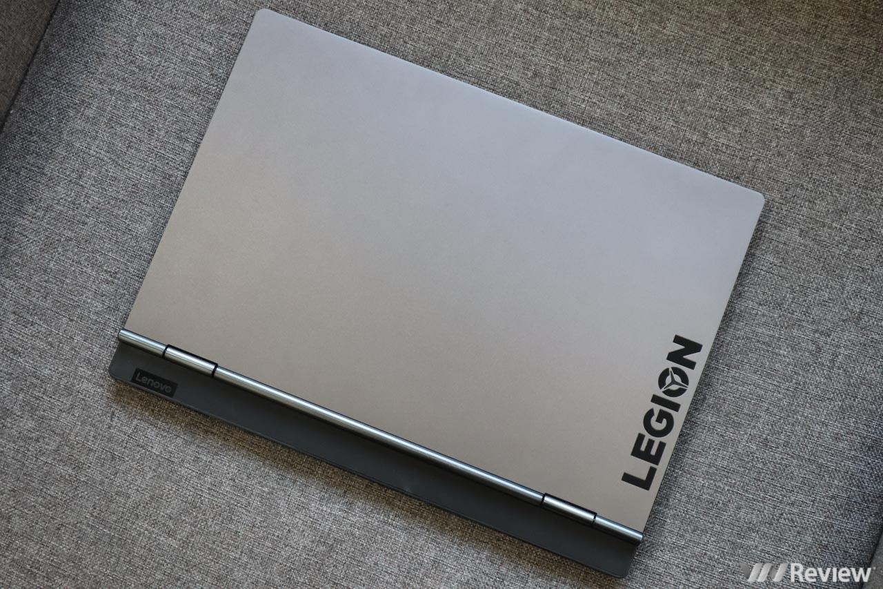 """Đánh giá Lenovo Legion Y730: Laptop gaming cho """"thanh niên nghiêm túc"""""""
