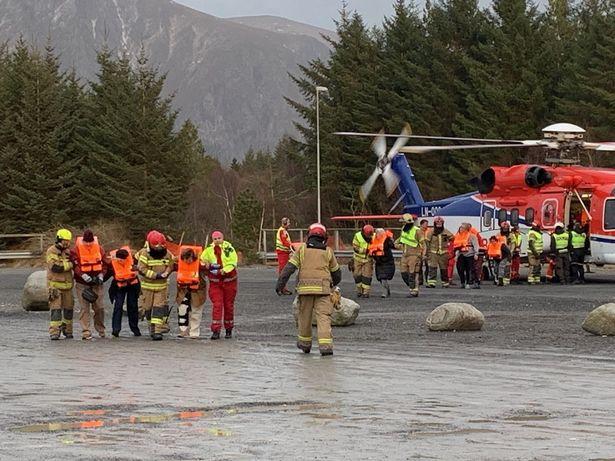 trực thăng giải cứu tàu viking sky