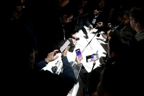Chiến lược hai nhãn hiệu đang giúp smartphone Trung Quốc cạnh tranh thế nào?