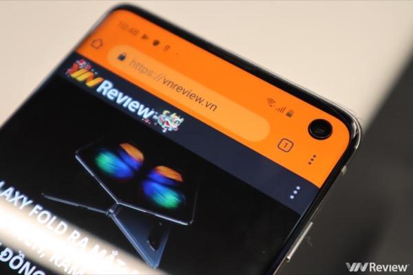 """Ứng dụng này sẽ biến """"nốt ruồi"""" của Galaxy S10 thành chỉ báo dung lượng pin"""