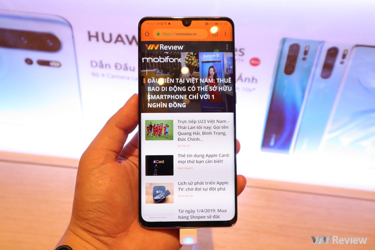 Trên tay Huawei P30, P30 Pro, P30 Lite tại Việt Nam: Samsung gọi, Huawei trả lời