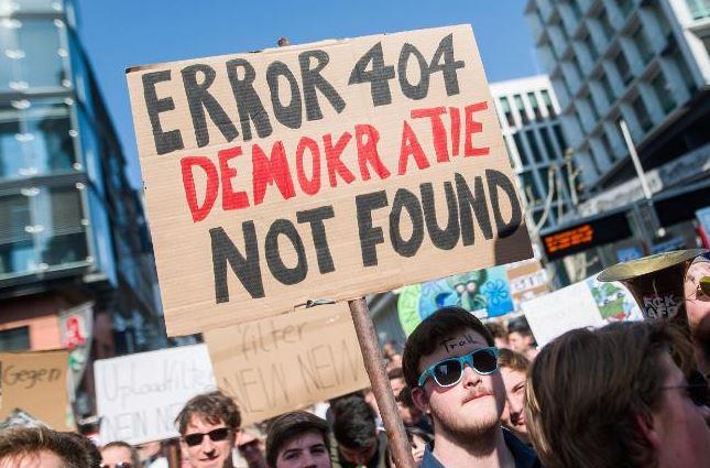 Biểu tình phản đối Điều 13 luật Bản quyền châu Âu