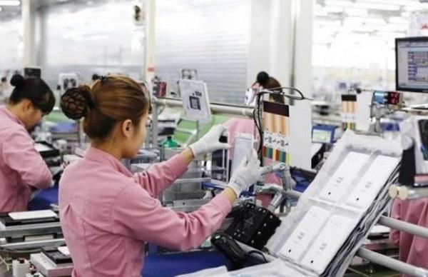 """Xuất khẩu điện thoại """"Made in Vietnam"""" sụt giảm mạnh"""