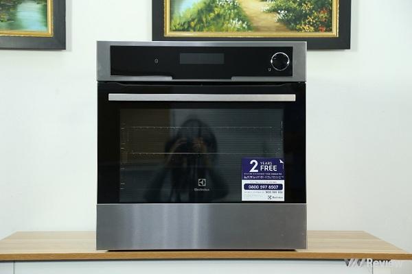 Đánh giá lò nướng Electrolux hơi nhiệt EOB8857AAX: Đưa trải nghiệm ẩm thực lên tầm cao mới