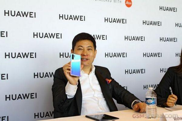 CEO Huawei: chúng tôi sẽ vượt Samsung vào cuối năm 2020
