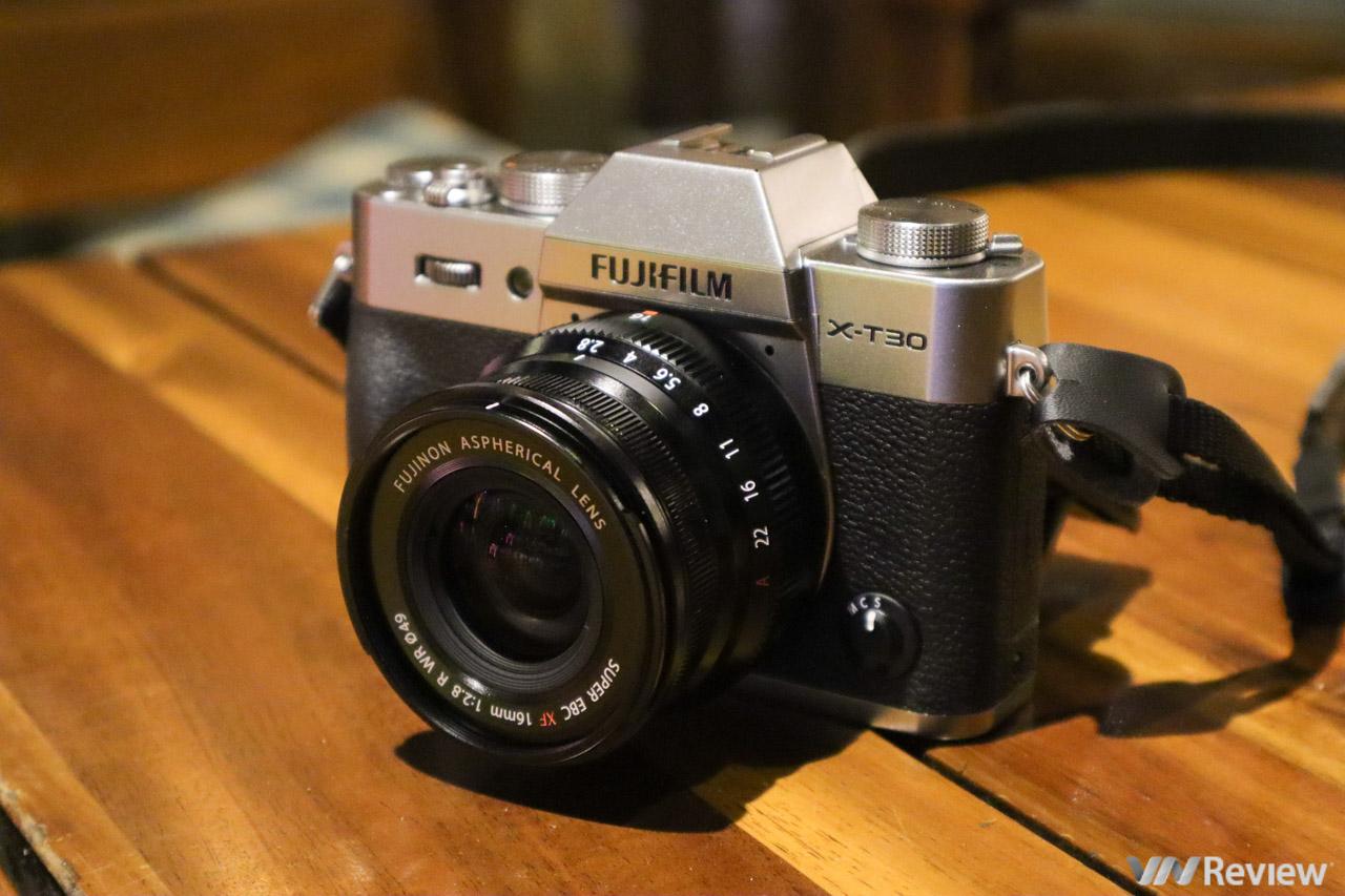 Đánh giá Fujifilm X-T30: khắc phục được điểm yếu cố hữu của Fujifilm