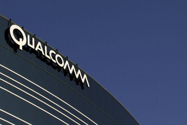 CFO Qualcomm nghỉ việc, nhảy sang làm cho đối thủ Intel