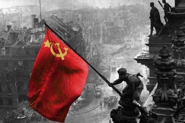 Loạt ảnh lột tả sự sụp đổ của Đức Quốc Xã trong những ngày tháng cuối cùng