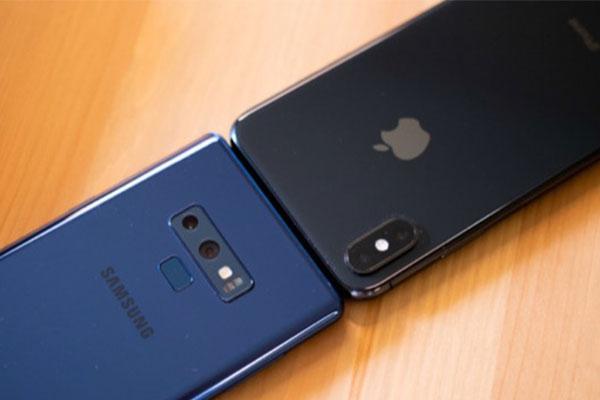 """Những con số đáng chú ý của hai """"đại kình địch"""" Apple và Samsung"""