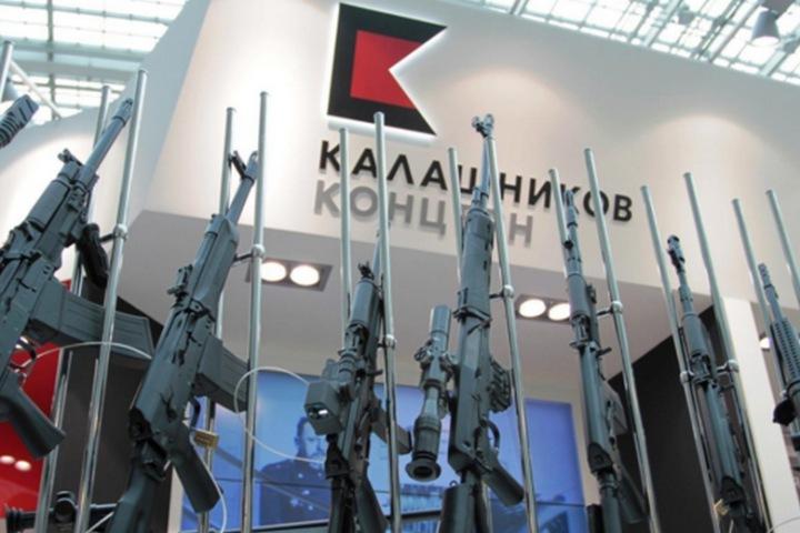 """15 mẫu khí tài quân sự cực độc đến từ """"cha đẻ"""" của AK-47, từ đẹp mắt, kỳ dị, đến không thể tin được"""