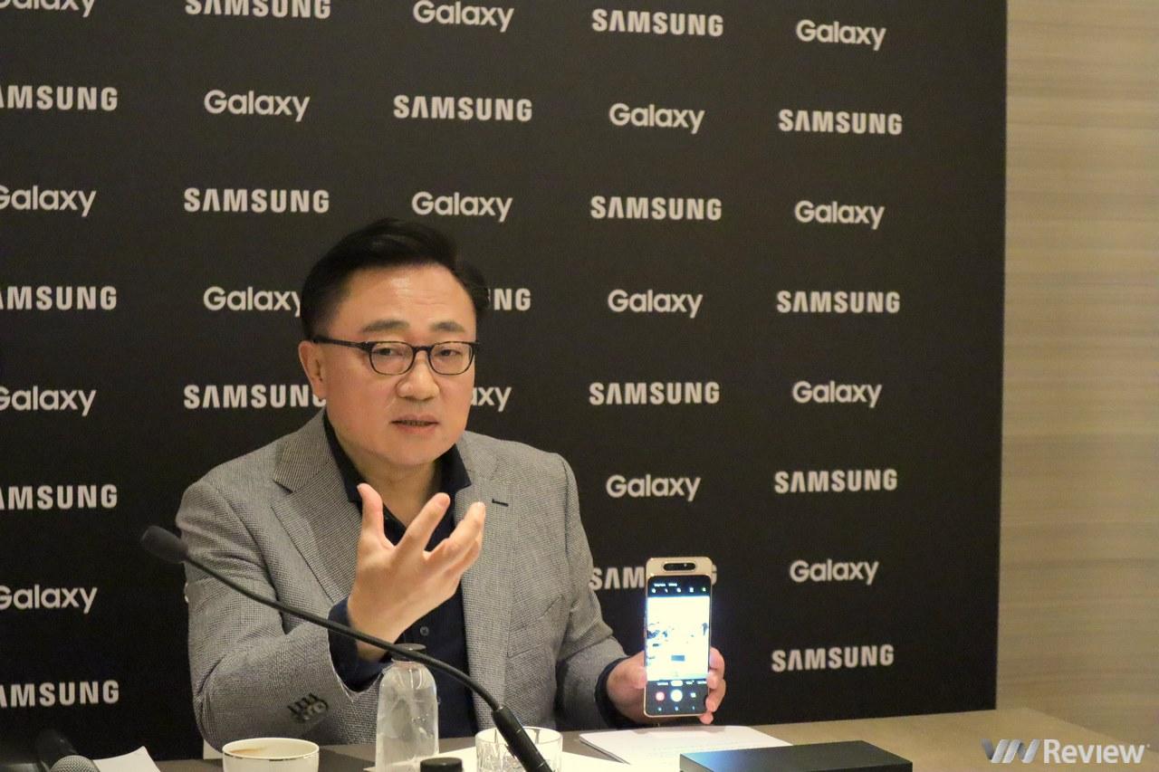 """CEO Samsung thừa nhận """"gặp khó"""" trước sự thay đổi quá nhanh của giới trẻ Việt Nam"""