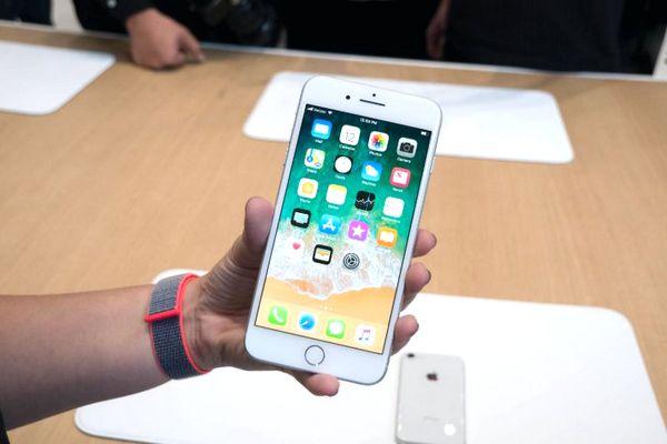 Apple sẽ ra mắt phiên bản nâng cấp cấu hình cho iPhone 8 với giá thấp hơn vào năm 2020?