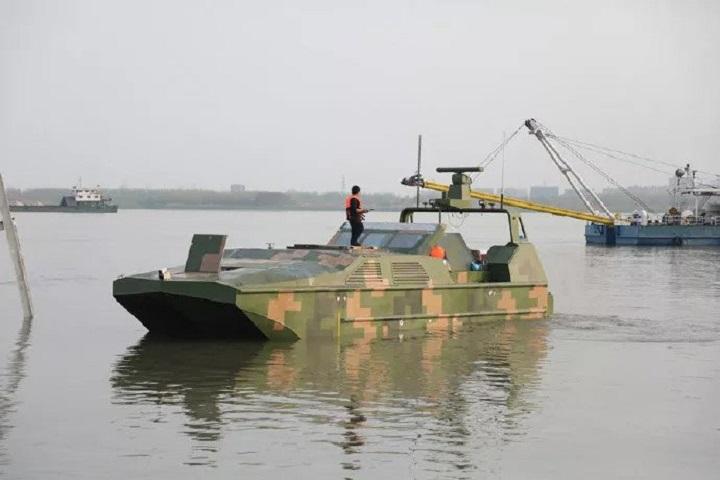 Tàu đổ bộ tự lái của Trung Quốc