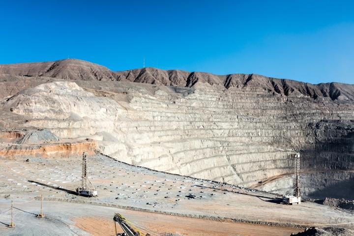 Việc phát triển 100% năng lượng tái tạo có thể ảnh hưởng nghiêm trọng đến môi trường