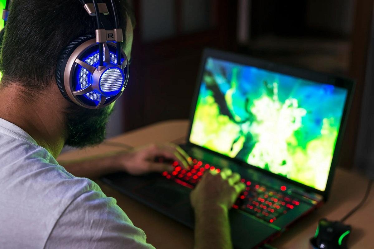 10 mẹo để cải thiện hiệu năng chơi game trên laptop