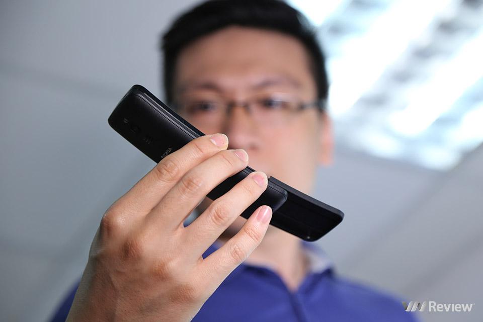 Matrix phone Nokia 8110 chính thức có Whatsapp chính chủ
