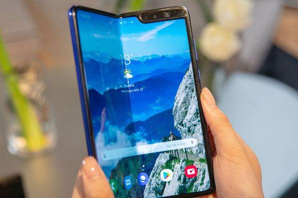 Hậu sự cố, Samsung thu hồi toàn bộ Galaxy Fold đã gửi tới các reviewer