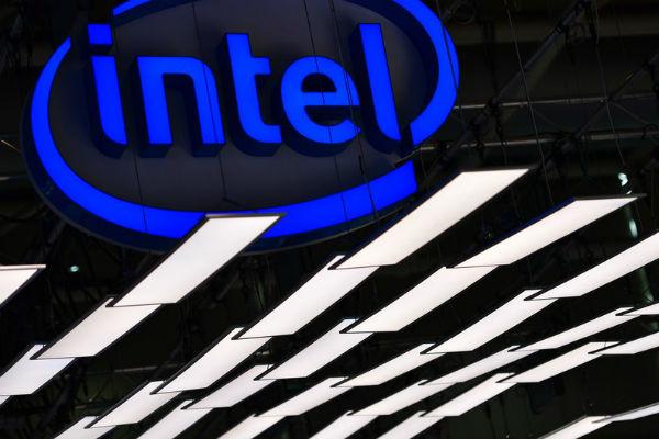 Intel tuyên bố Apple và Qualcomm là lý do khiến hãng phải rút lui khỏi mảng 5G cho smartphone