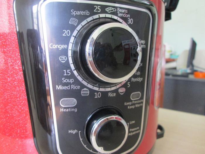 nồi áp suất Khaluck điều chỉnh độ chín của thức ăn